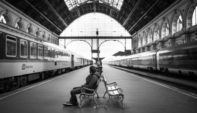 有些緣分時間到了就會結束,不對等的相處不能長久;面對不舒服的對待,你要勇敢拒絕